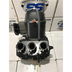 Изображение Корпус воздушного фильтра (Oem Airbox Air Box Intake Filter Lid) Yamaha YXZ1000R БУ в отличном состоянии снят с новой техники
